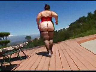 Huge Ass On BBW Veronica Bottoms