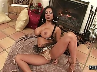 Mature Indian Priya Rai Squirts After Fucking Herself With Dildo - FULL SCENE with Punjabi SLUT!