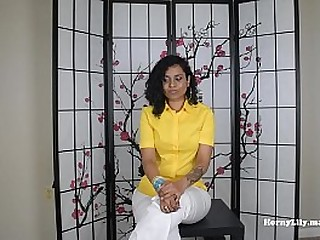 Desi HornyLily seduces boss with her big ass and fucks him in Tamil