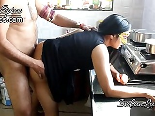 Sexy Indian Bhabhi Banged Like A Whore By Her Boyfriend