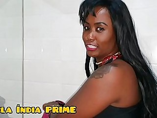 Bela Fode with a horny fan at the Prime Party