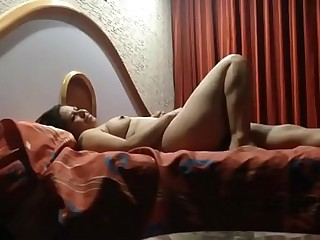 INDIAN BOSS HARDCORE FUCKED HIS HOT SECRETARY IN HOTEL