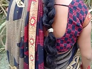 Best Desi village Bhabhi outdoor XXX Sex IN Jungle