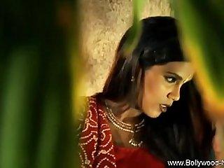 Indian babe seduction style