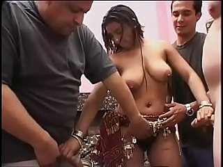 Indian Sarita invited her friends to take part in wild foursome action